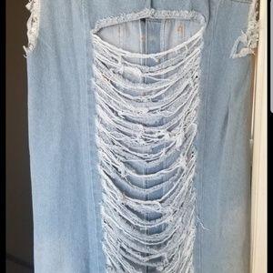 Light Denim jacket dress back ripped size XXL